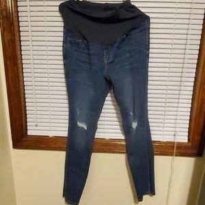 Old navy rockstar maternity jeans size 8